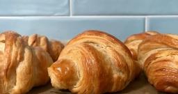 Task 27: Croissants